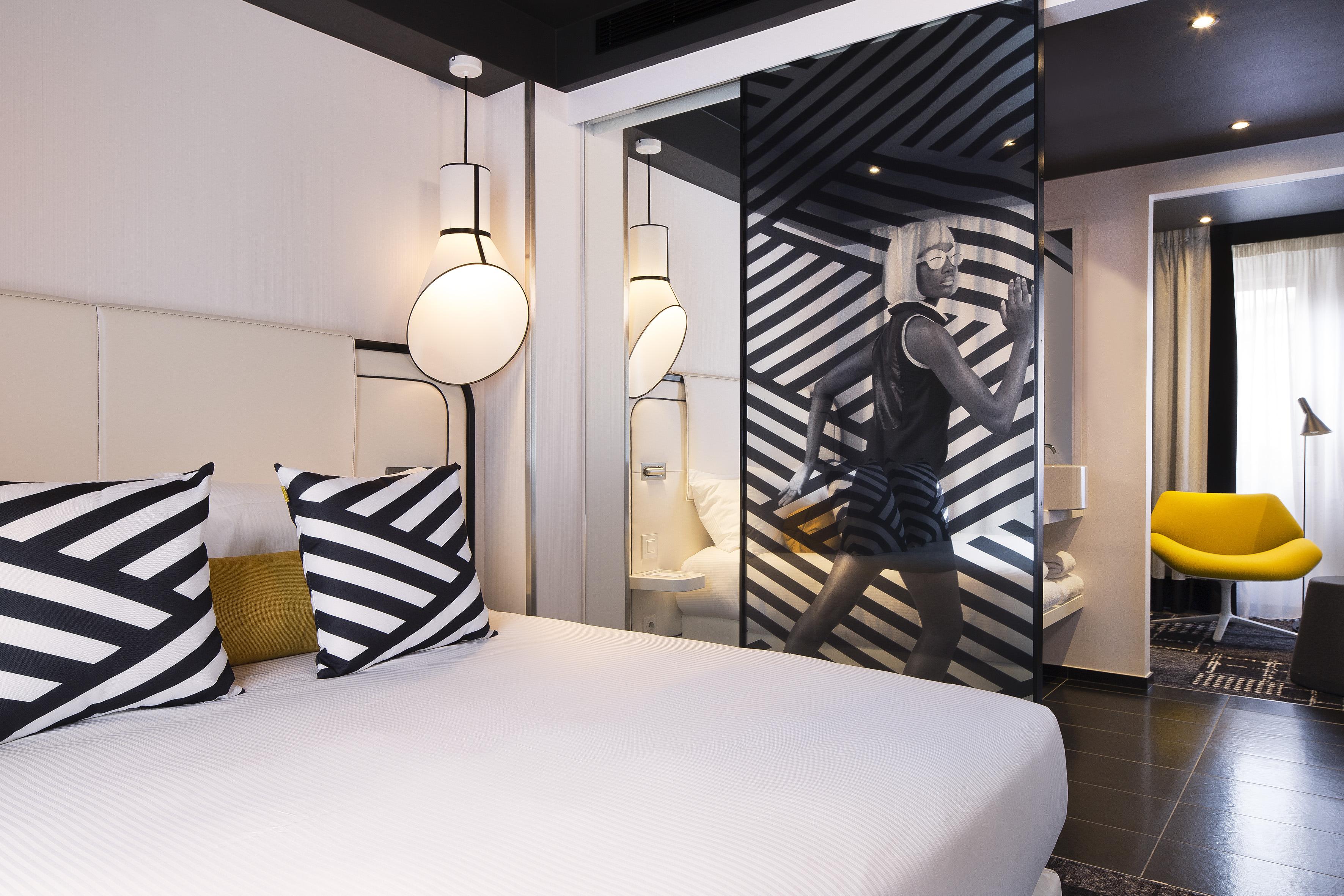 L 39 h tel ekta trois etoiles couture dailybedroom for Hotel design 3 etoiles paris